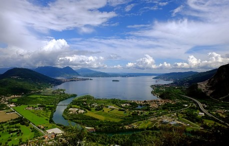 Guided tour of Stresa and Isola Bella (Palace, Art Gallery and Garden)