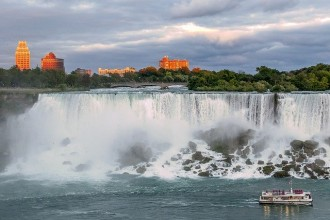 Nueva York: Tour Niagara Falls (Canadian Side), Toronto, Washington D.C., Filadelfia, Nueva York - 8 días