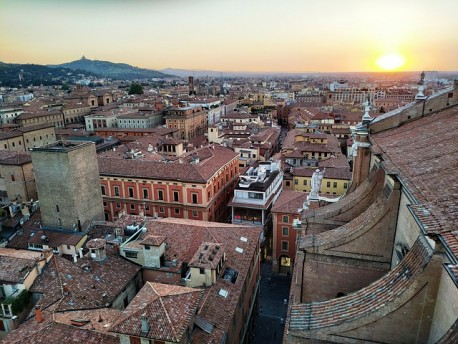 Bologna City Tour with Private Guide available 3 hours