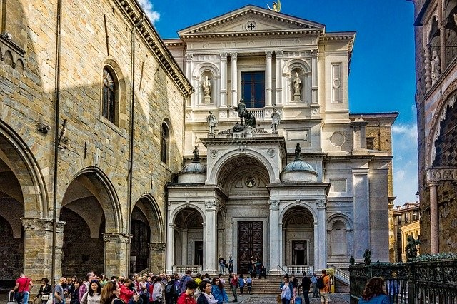 Bergamo Alta tour with Private Guide available 3 hours