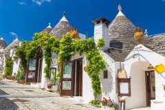 Tour Itria Valley and Matera 4 days / 3 nights
