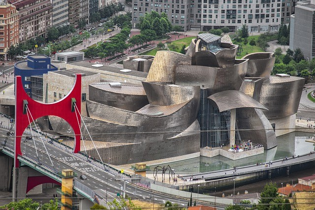 Private Tour Bilbao Cultural Experience - 4 Days / 3 Nights