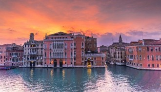 Venice Unique Experience: Grand Canal Guided Tour By Boat And Lunch