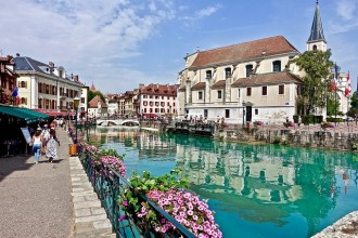 Annecy and Geneva city tour plus boat cruise