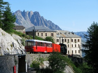 Day trip to Chamonix Mont Blanc, Mer de Glace and Montenvers from Geneva