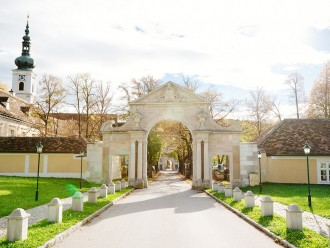 Half day tour Woods and Mayerling from Vienna