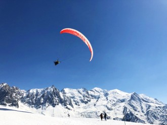 Chamonix Mont Blanc day trip and paragliding from Geneva