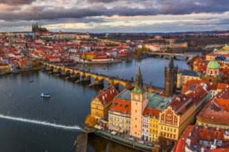The Best of Prague with Lunch and River Cruise