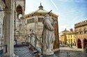 Recorrido por la ciudad de Cremona con guía privada disponible 3 horas