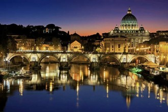 Private City Tour of Rome By Night