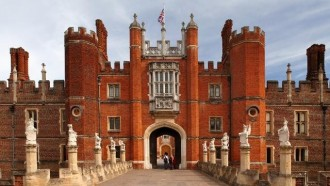 Ticket: London Hampton Court Palace