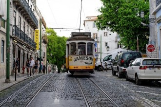 Tour Fly & Drive: Traditional Portugal Superior - 8 Days
