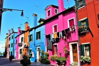 Private Half Day Excursion to Lagoon Island of Murano, Burano and Torcello (4 hours)