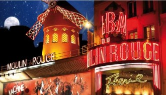 Paris City tour with the histopad + Moulin Rouge show with 1/2 bottle of champagne