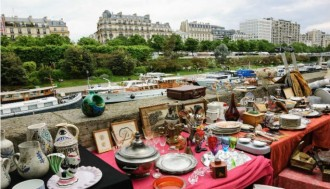 Paris Vintage Tour at the Paris Flea Market (Collective Tour) - Max 8 pax