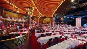 Show with Dinner and Champagne at the Moulin Rouge - Pickup & Drop off Hotel