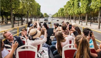 1-Day Big Bus E-Ticket and Louvre Skip the Line Ticket