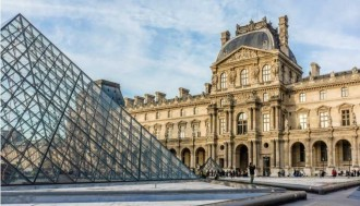 E-Ticket Big Bus 2 day-pass + Louvre Museum Ticket + Seine river Cruise Ticket