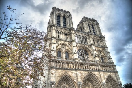 Notre-Dame Cathedral Audio Guided Tour with Priority Access