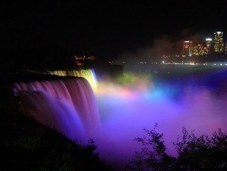 2 Days tour, Niagara Falls and Outlet Shopping from New York City