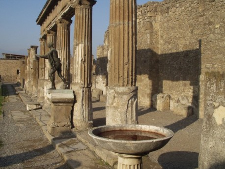 Private Excursion Pompeii and Hercolaneum Excavations from Naples