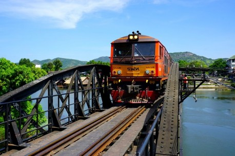 Tour Central Thailand: The Kwai River 3 Days / 2 Nights